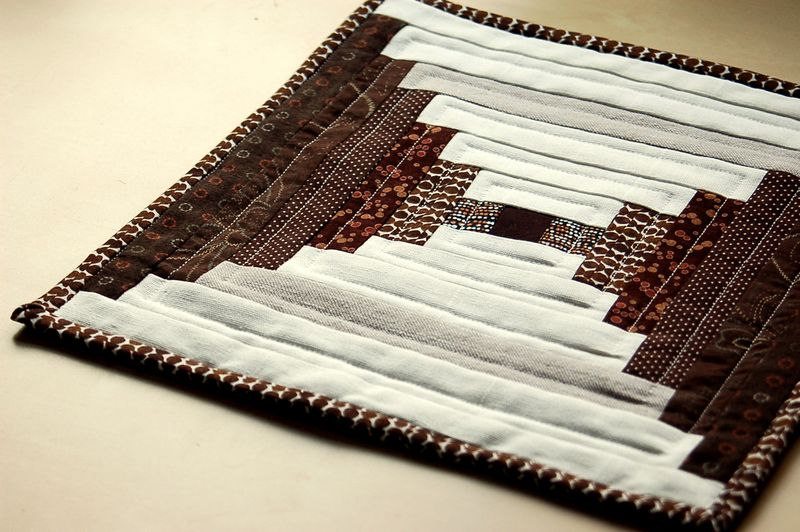 Mini quilt brown 2
